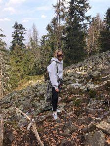 Pacjentka Agata w górach - już z wyleczonym kolanem